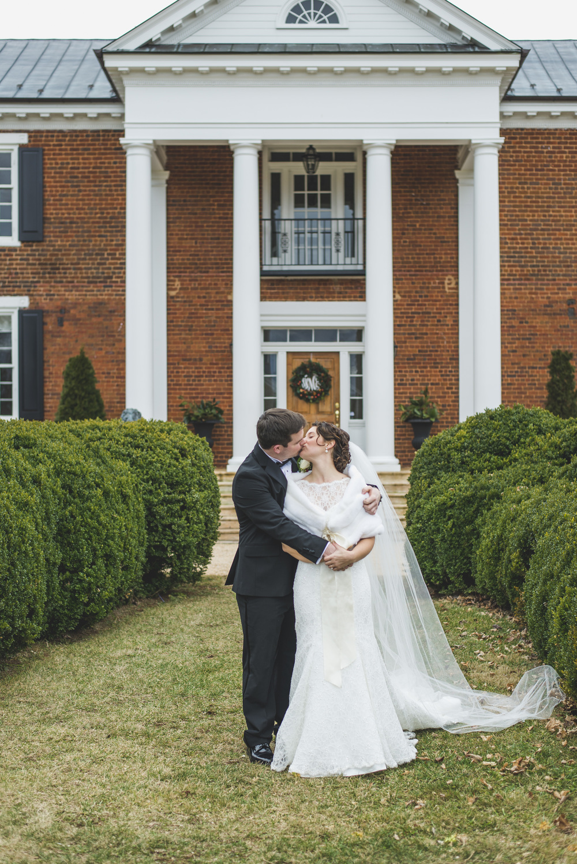 winter_west_manor_estate_wedding_lynchburg_va022.jpg