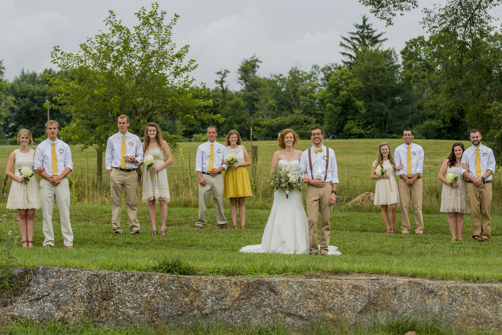 rustic_chic_farm_field__barn_wedding_lynchburg_va015.jpg