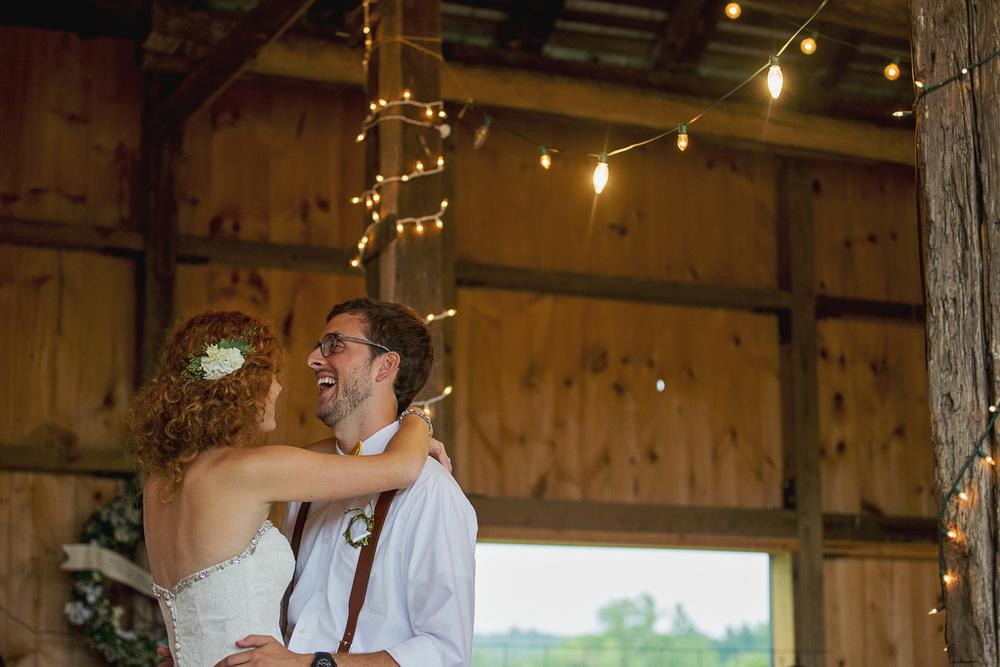 rustic_chic_farm_field__barn_wedding_lynchburg_va043.jpg