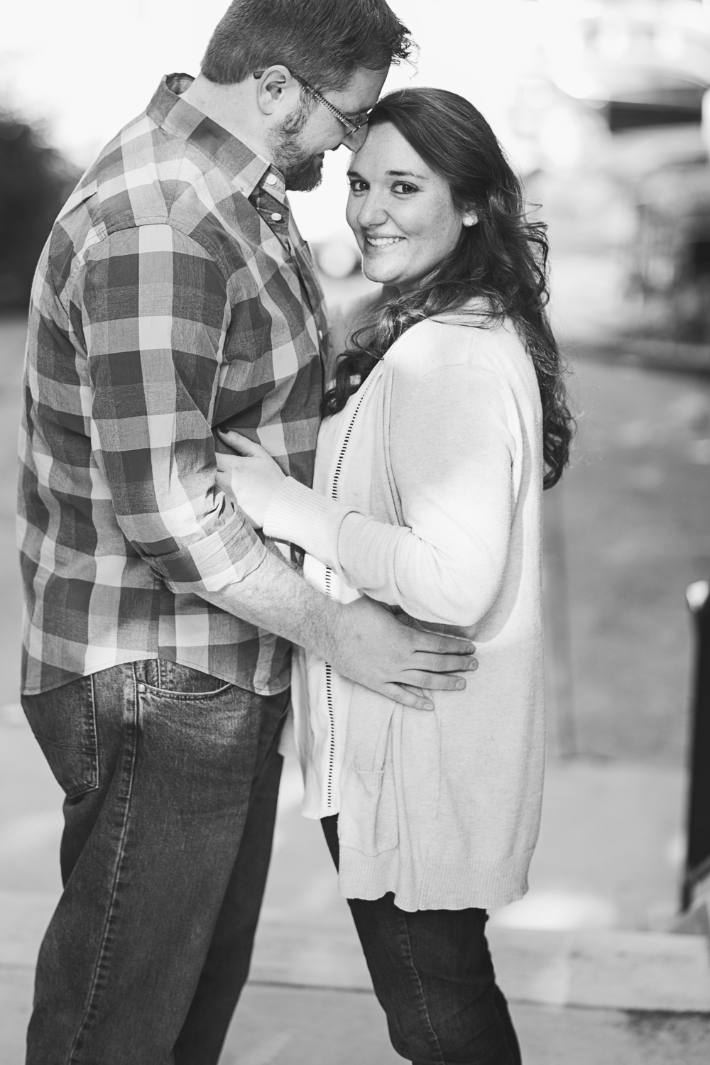downtown_bookstore_engagement_session_lynchburg_va025.jpg