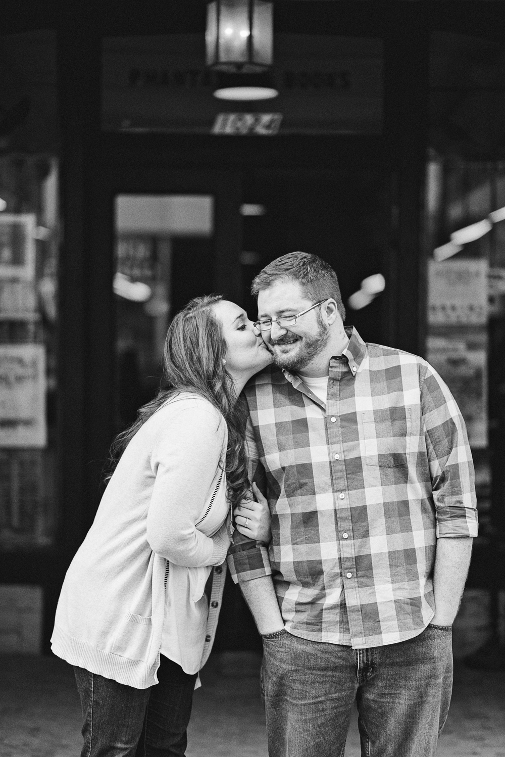 downtown_bookstore_engagement_session_lynchburg_va040.jpg