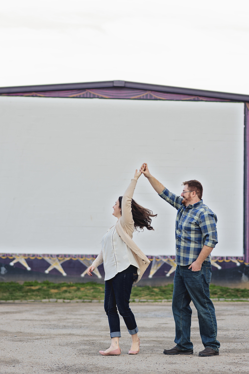 downtown_bookstore_engagement_session_lynchburg_va042.jpg