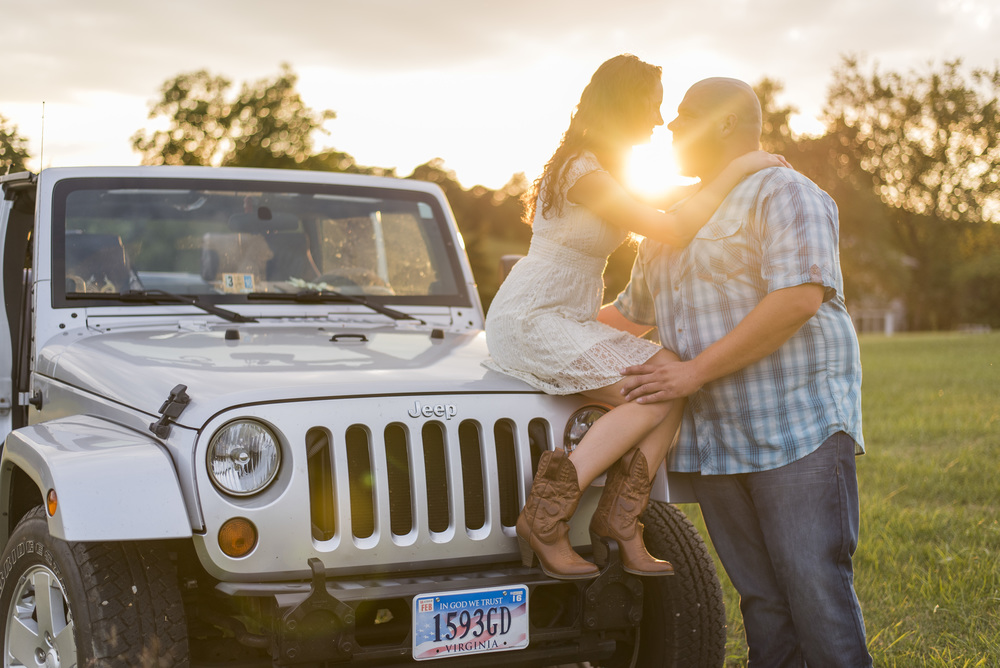 Engagement_session_farm_ranch_country_dance_ballet_lift_altavista_Lynchburg_VA_Photos20150821_0517.jpg