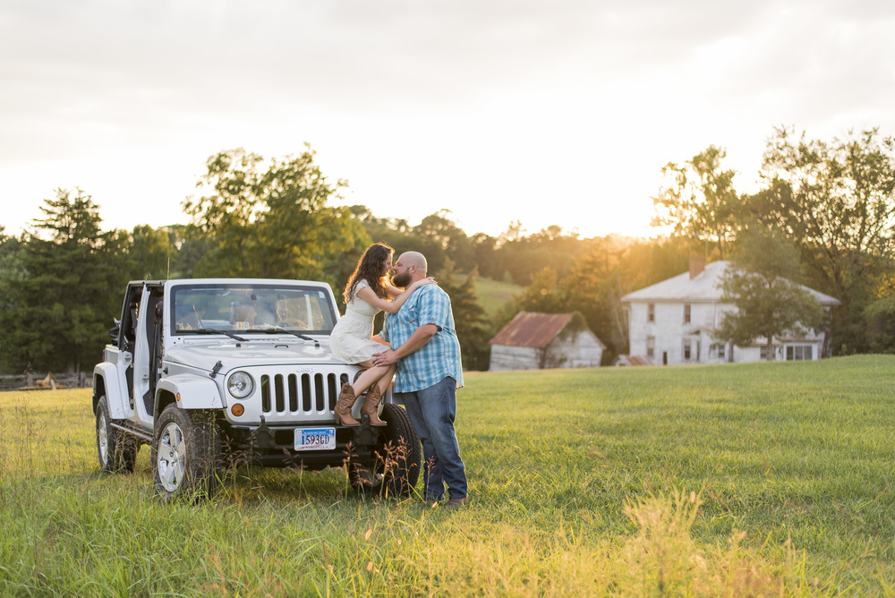 Engagement_session_farm_ranch_country_dance_ballet_lift_altavista_Lynchburg_VA_Photos20150821_0516.jpg