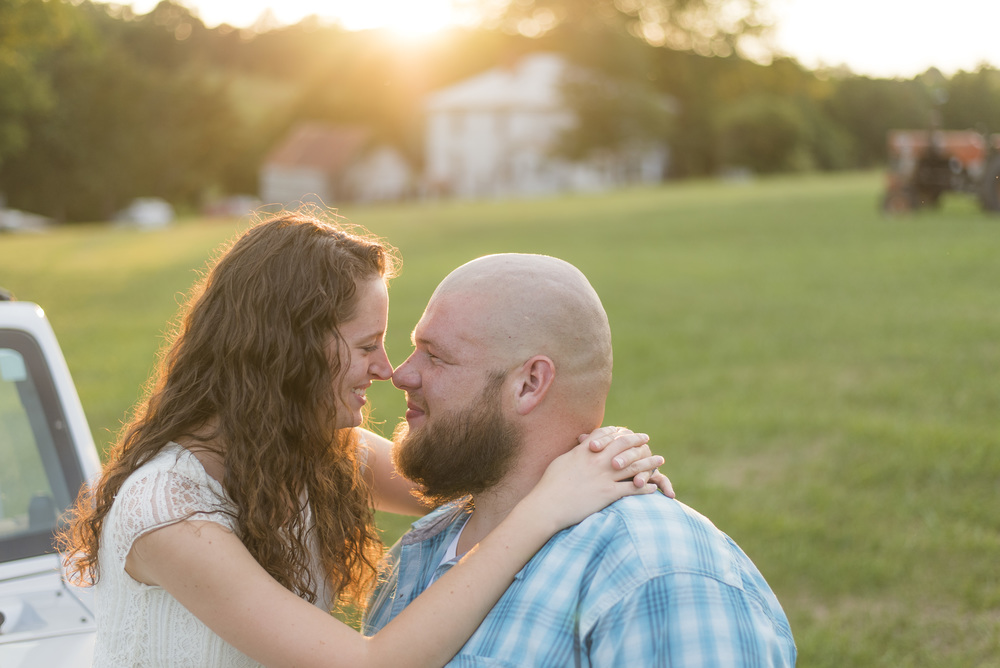 Engagement_session_farm_ranch_country_dance_ballet_lift_altavista_Lynchburg_VA_Photos20150821_0519.jpg