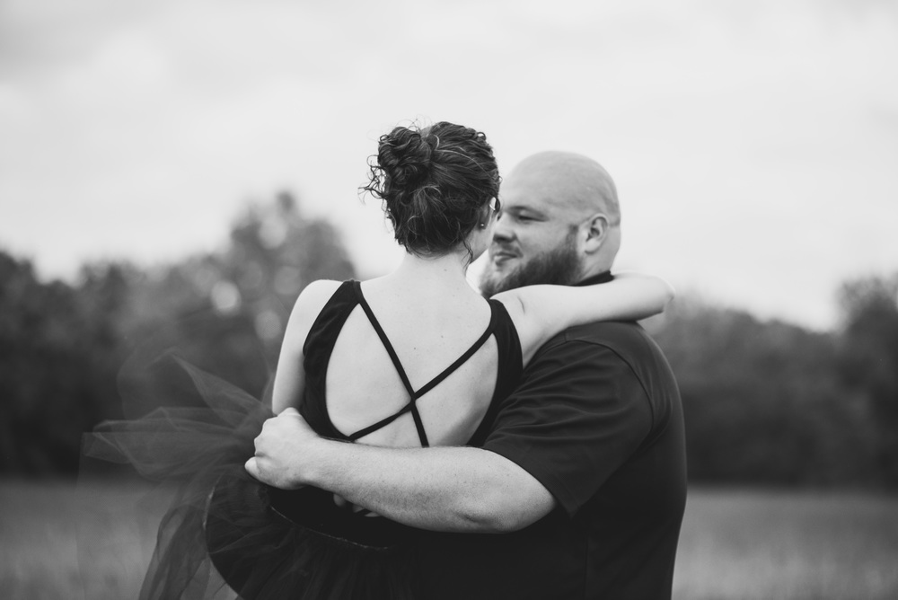Engagement_session_farm_ranch_country_dance_ballet_lift_altavista_Lynchburg_VA_Photos20150821_0531.jpg