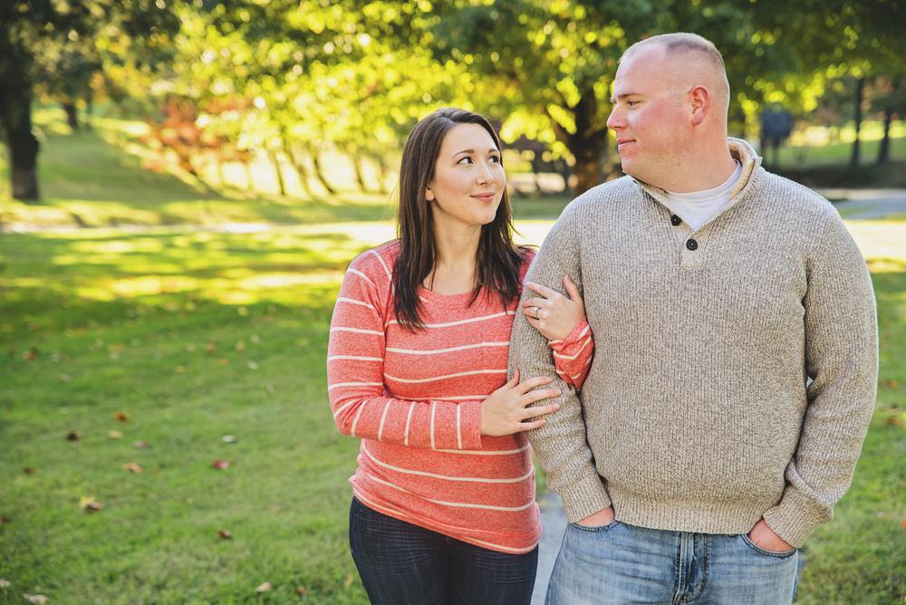 fall_romantic_park_engagement_session_lynchburg_va004.jpg