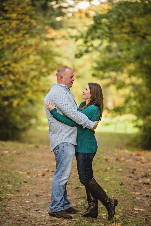 fall_romantic_park_engagement_session_lynchburg_va017.jpg
