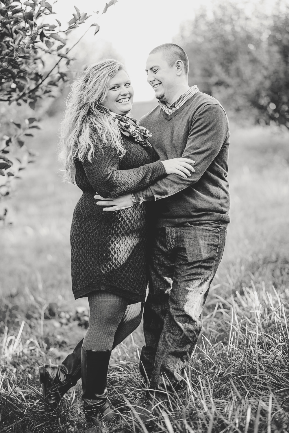 fall_romantic_orchard_engagement_session_lynchburg_va001.jpg
