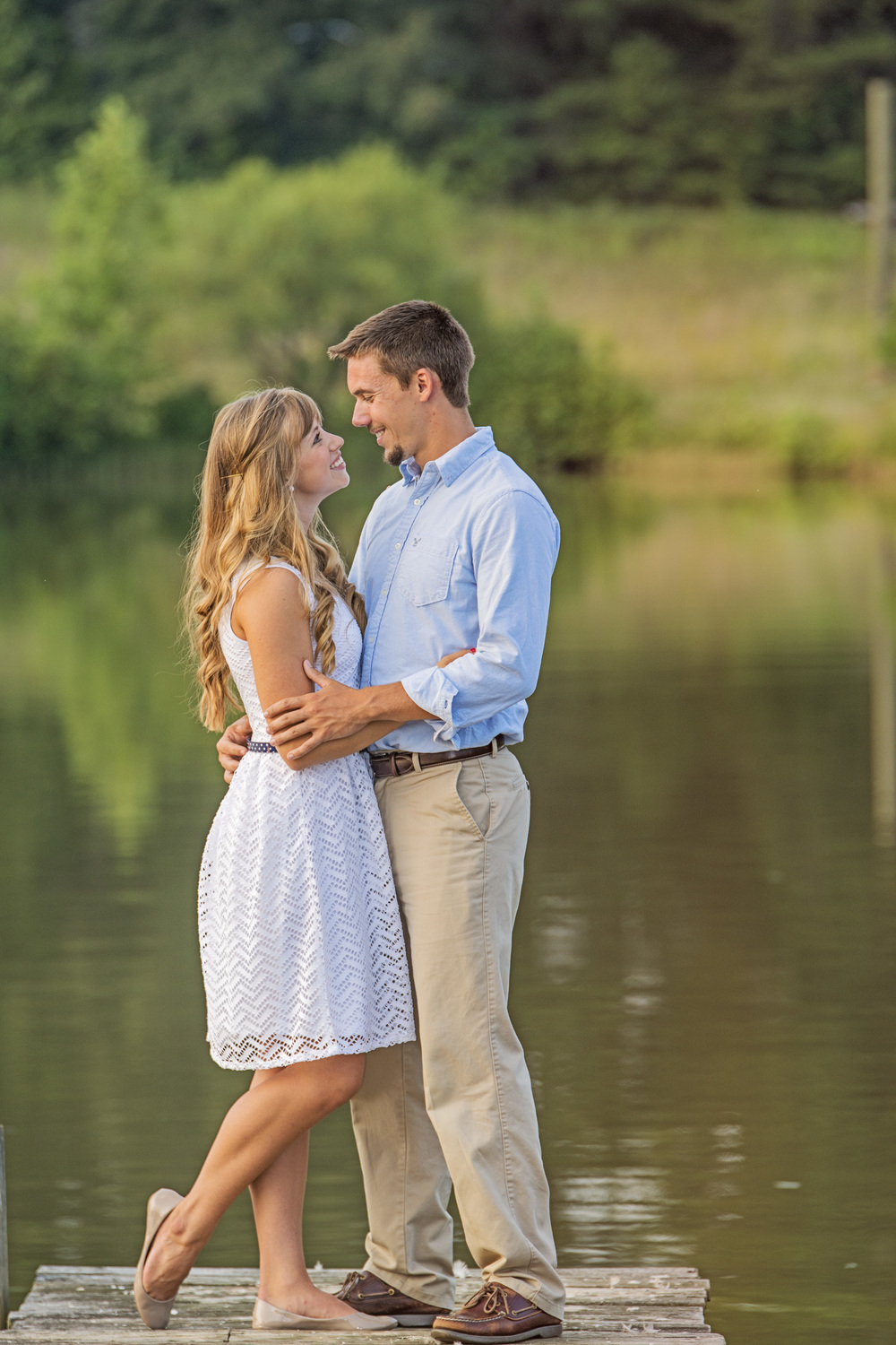garden_dock_quilt_fun_engagement_session_lynchburg_va023.jpg