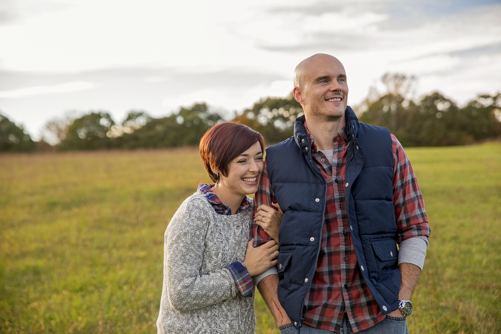 romantic_fall_field_engagement_session_lynchburg_va005.jpg