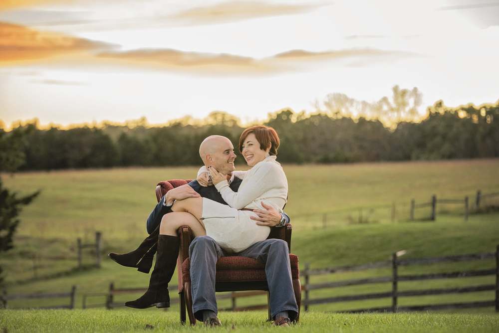 romantic_fall_field_engagement_session_lynchburg_va022.jpg