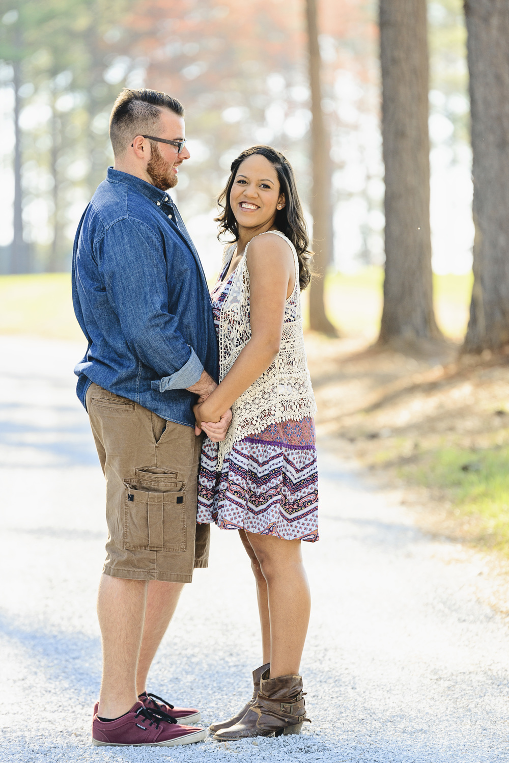 cabin_mountains_romantic_field_engagement_session_lynchburg_va002.jpg