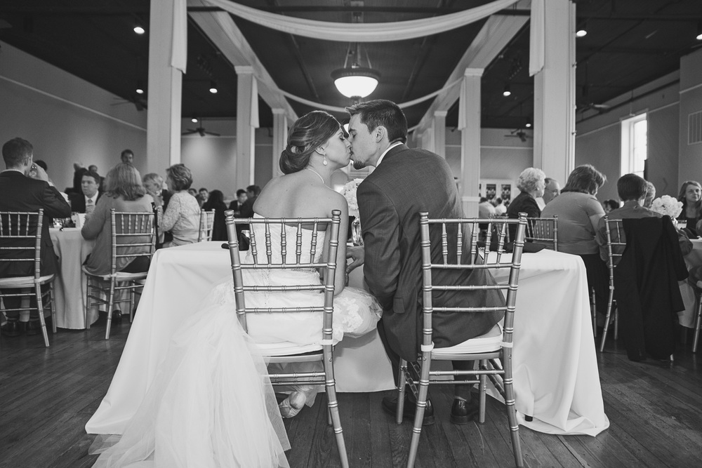 winter_tresca_downtown_wedding_lynchburg_va030.jpg