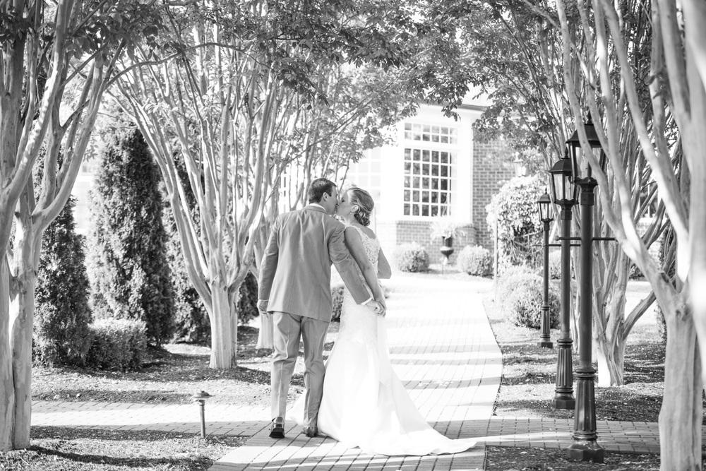 West Manor Wedding_Lynchburg VA_Classic_Black tie_Forest VA_Wedding_photos2063.jpg