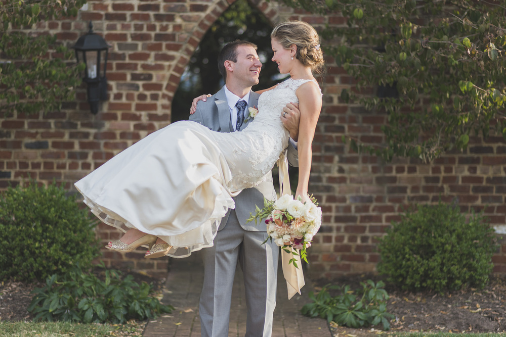 West Manor Wedding_Lynchburg VA_Classic_Black tie_Forest VA_Wedding_photos2085.jpg