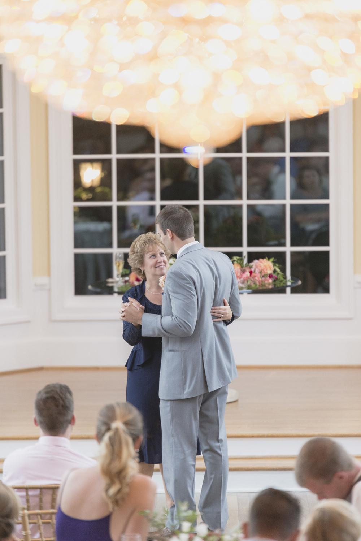 West Manor Wedding_Lynchburg VA_Classic_Black tie_Forest VA_Wedding_photos2102.jpg