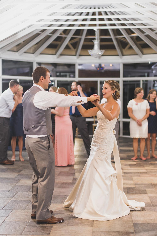 West Manor Wedding_Lynchburg VA_Classic_Black tie_Forest VA_Wedding_photos2107.jpg