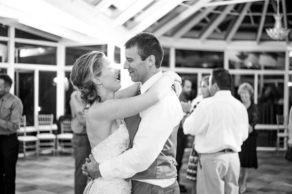 West Manor Wedding_Lynchburg VA_Classic_Black tie_Forest VA_Wedding_photos2108.jpg