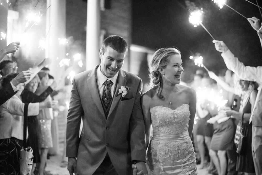 West Manor Wedding_Lynchburg VA_Classic_Black tie_Forest VA_Wedding_photos2113.jpg