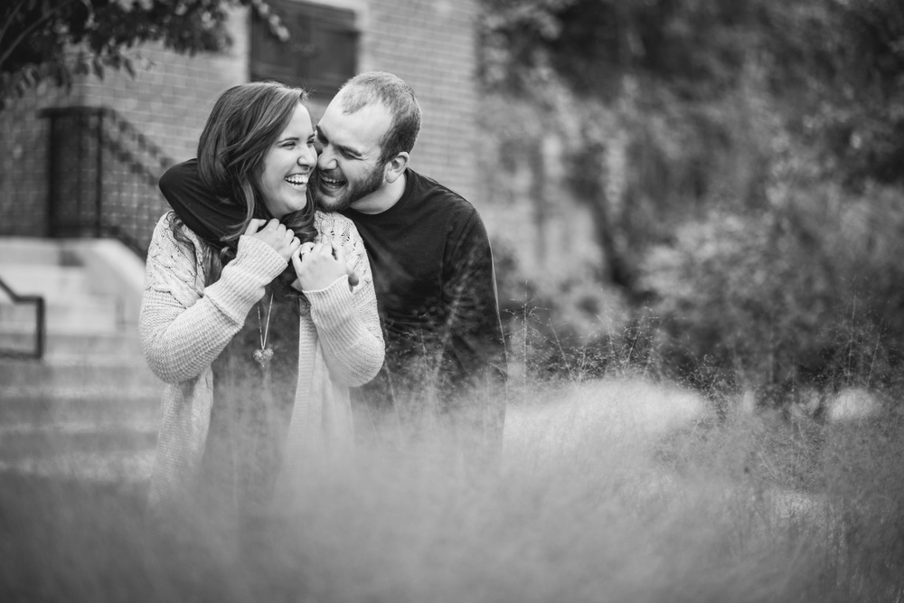 engagement_session_downtown_lynchburg_va_photographers009.jpg