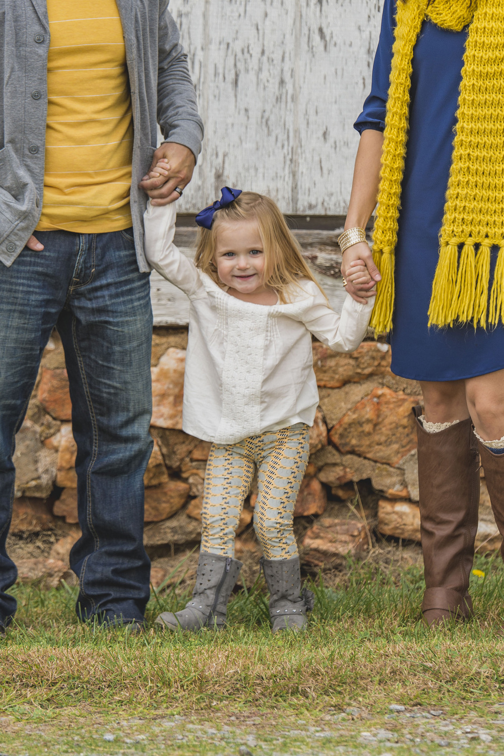 family_session_fall_field_lynchburg_va_photographers012.jpg