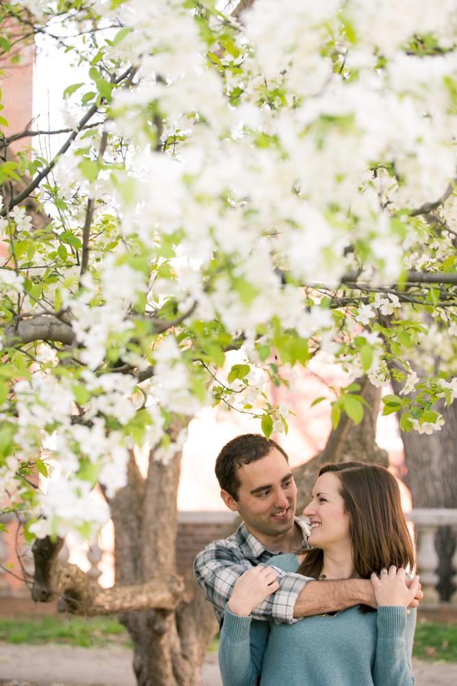 charlotsville.va.engagement.session.uva.dog.love.spring.blooms216.jpg
