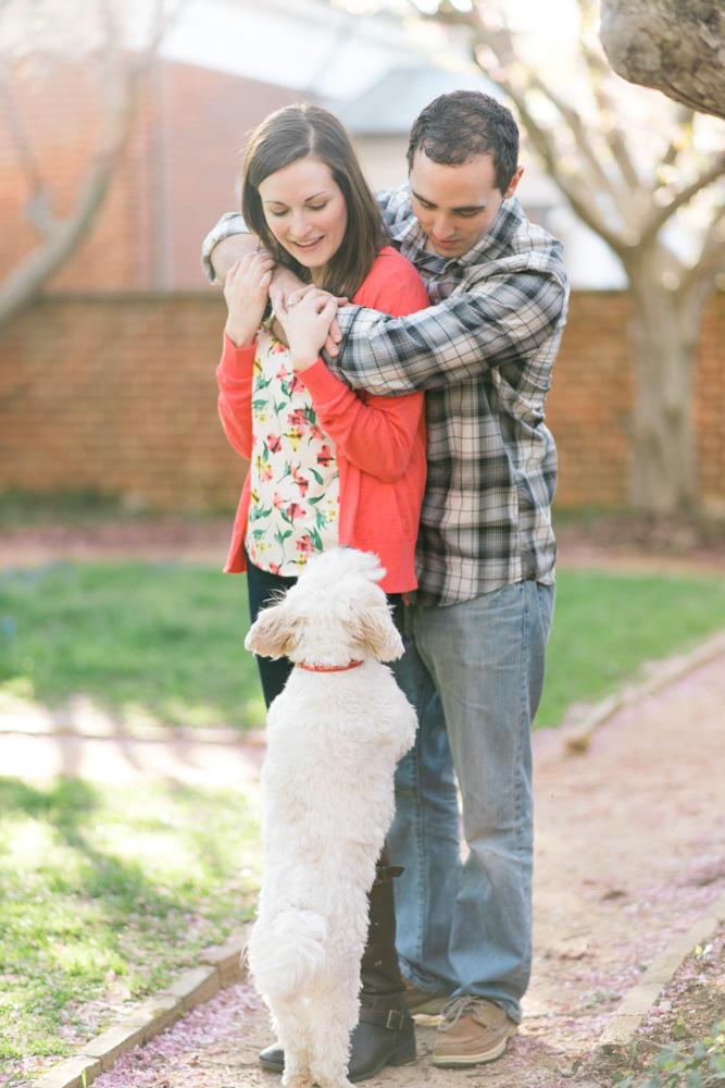 charlotsville.va.engagement.session.uva.dog.love.spring.blooms224.jpg