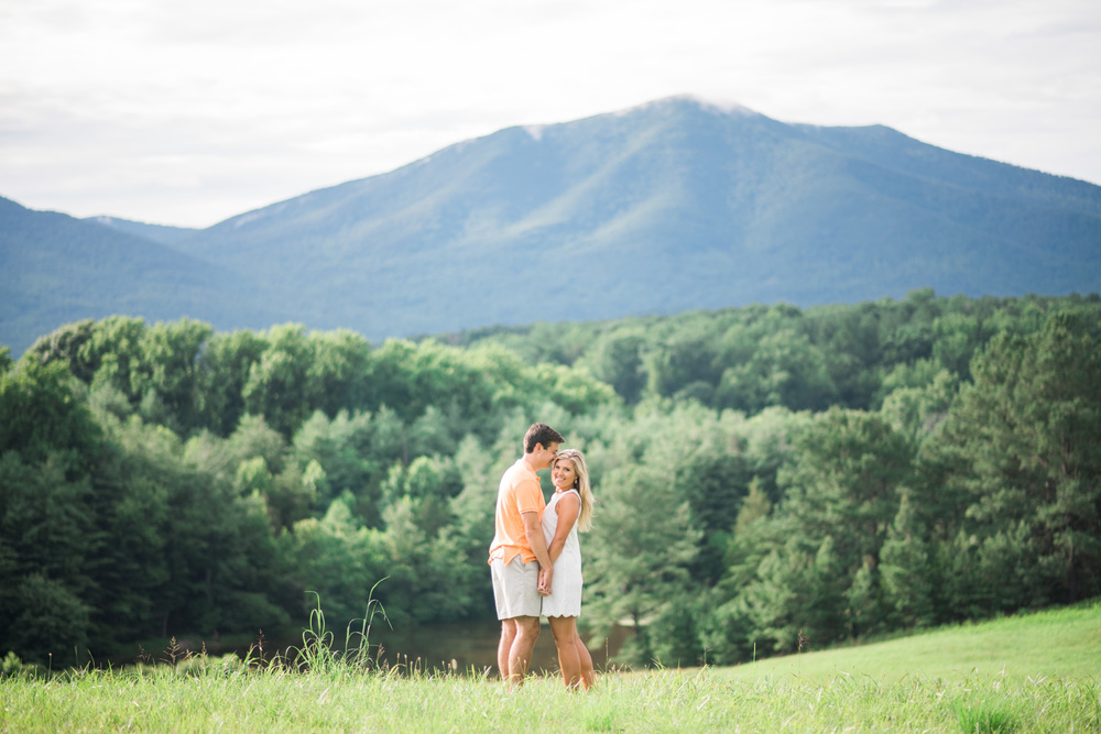 Va_Engagement_session_VA_wedding_photographers _Claytor_nature_Center_Bedford_VA947.jpg