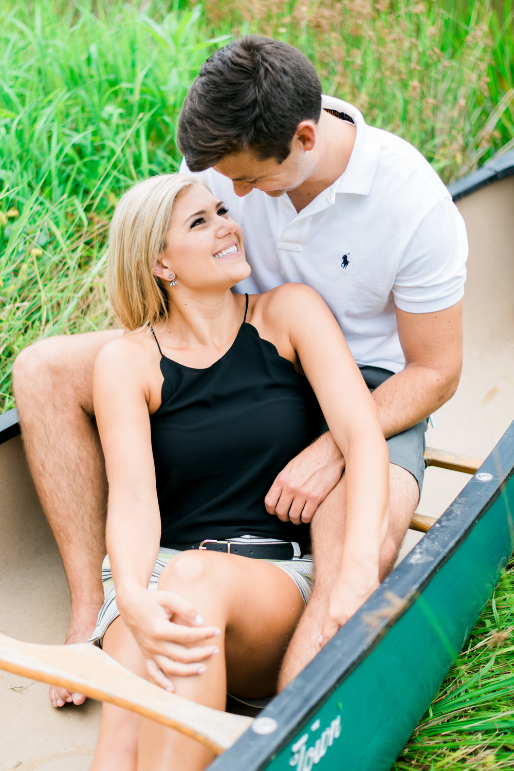 Va_Engagement_session_VA_wedding_photographers _Claytor_nature_Center_Bedford_VA952.jpg
