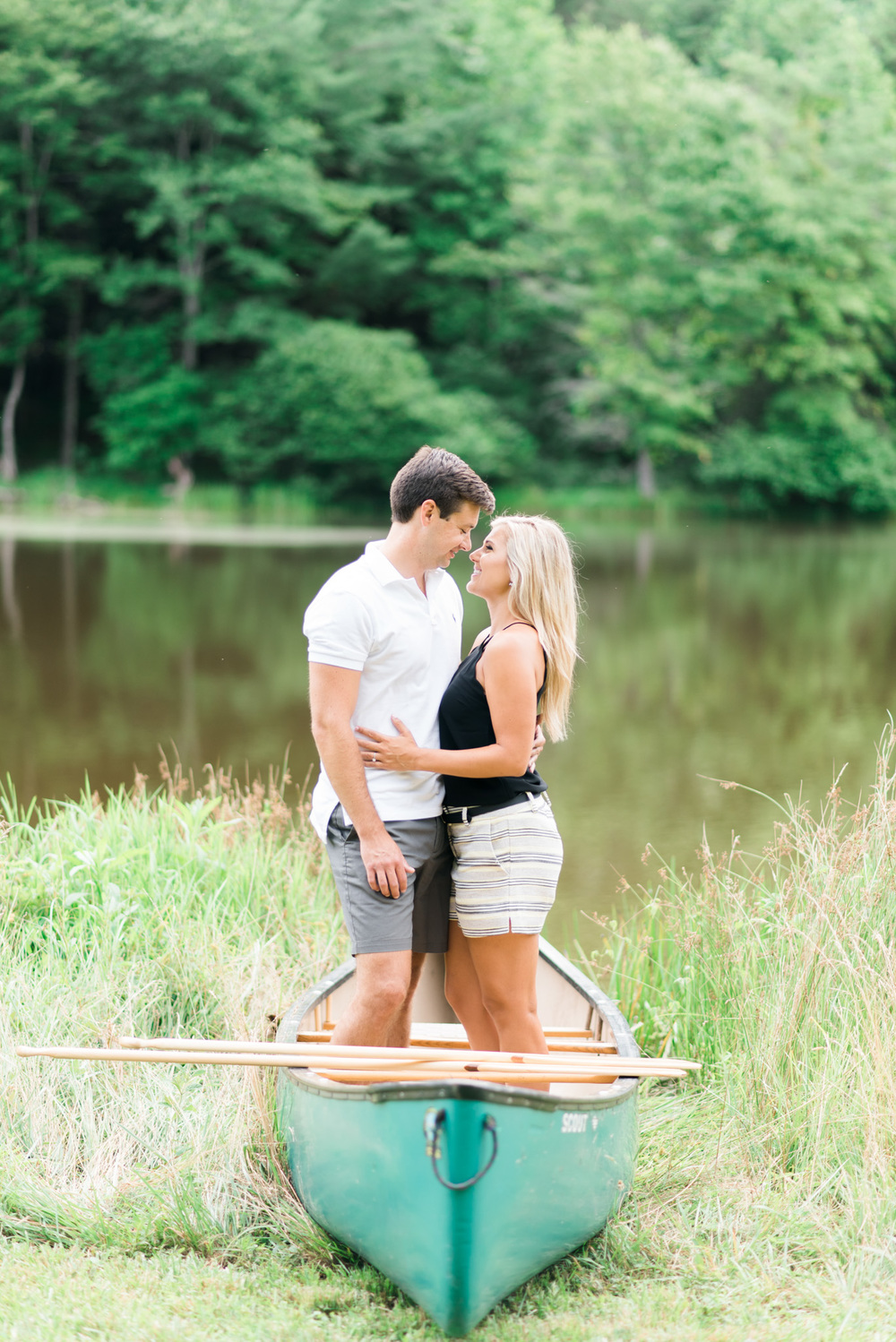 Va_Engagement_session_VA_wedding_photographers _Claytor_nature_Center_Bedford_VA959.jpg