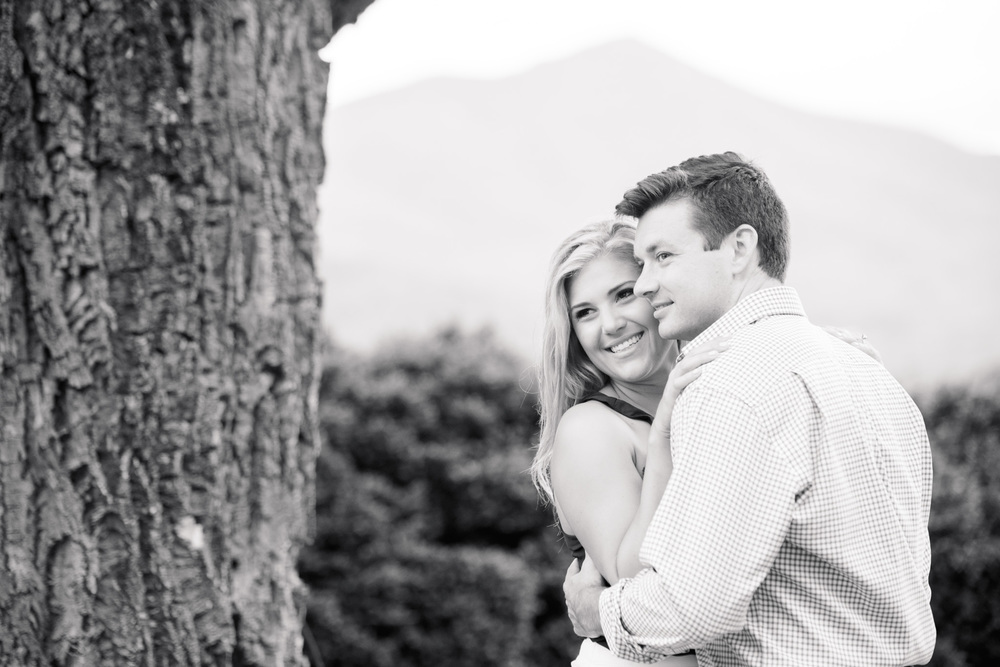 Va_Engagement_session_VA_wedding_photographers _Claytor_nature_Center_Bedford_VA975.jpg