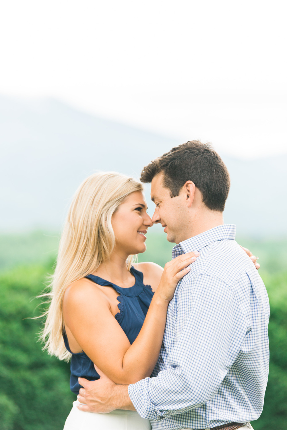 Va_Engagement_session_VA_wedding_photographers _Claytor_nature_Center_Bedford_VA977.jpg
