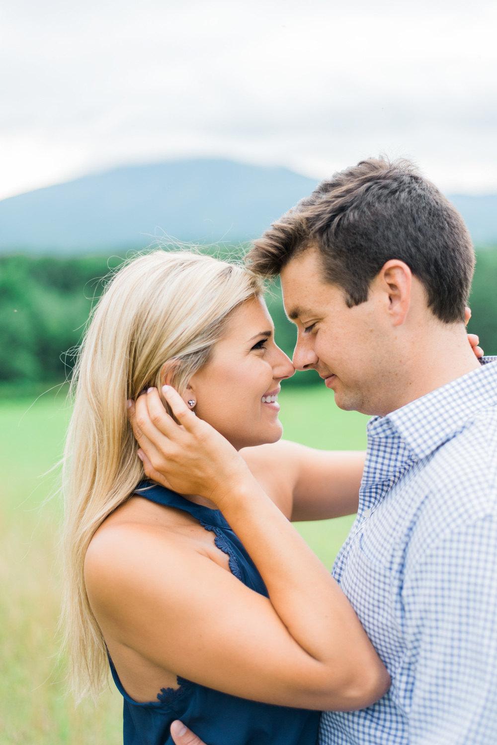 Va_Engagement_session_VA_wedding_photographers _Claytor_nature_Center_Bedford_VA983.jpg