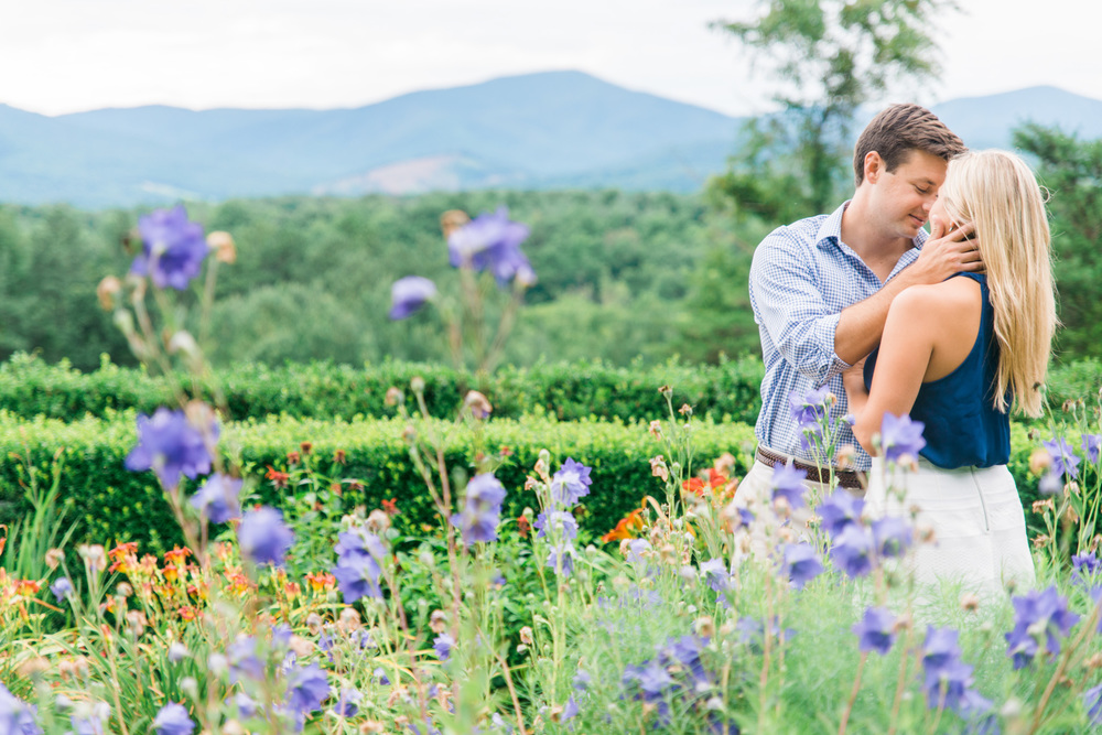 Va_Engagement_session_VA_wedding_photographers _Claytor_nature_Center_Bedford_VA985.jpg
