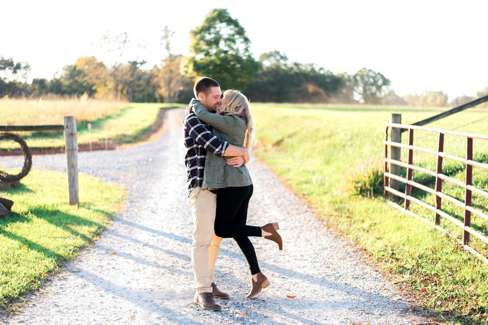Sorella_Farms_Engagement_Session_Wedding_Lynchburg_Wedding_Fall_Virginia_Wedding_Photographer243 (18).jpg