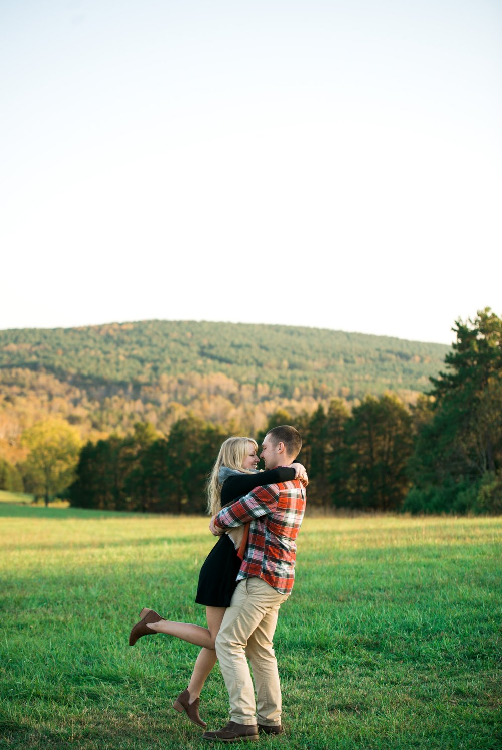 Sorella_Farms_Engagement_Session_Wedding_Lynchburg_Wedding_Fall_Virginia_Wedding_Photographer243 (31).jpg