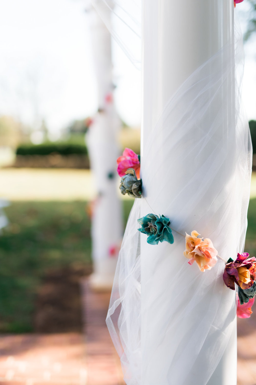 The_Trivium_Estate_Forest_VA_Wedding_Flower_Crown_boho_wedding_classic_wedding_Virginia_Wedding_photographer029.jpg