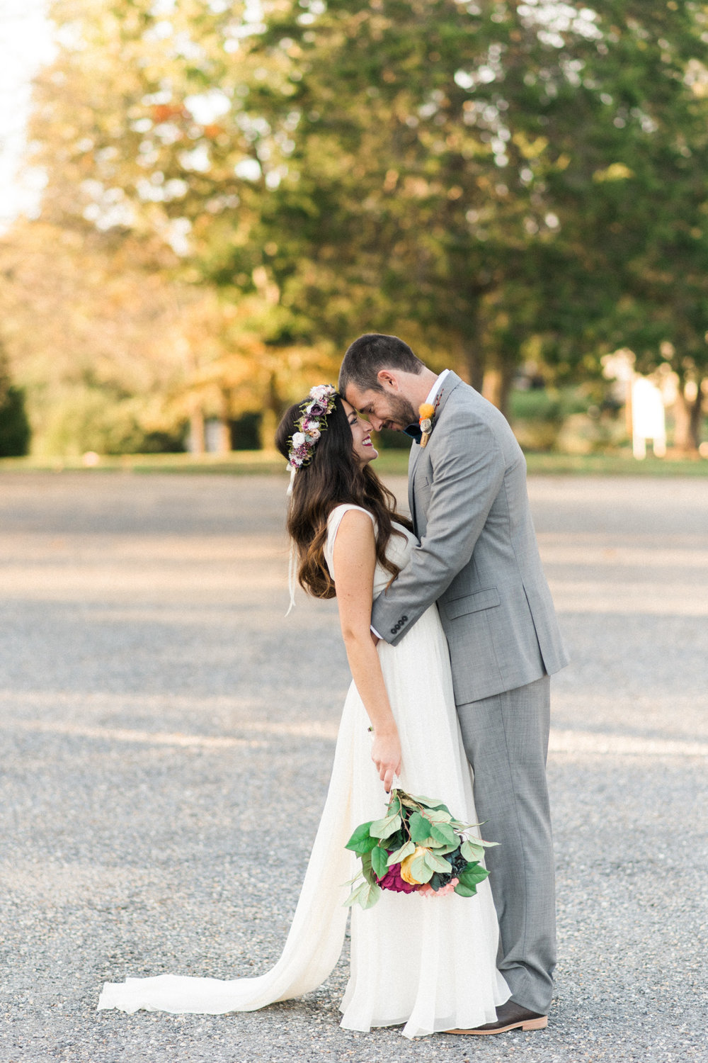 The_Trivium_Estate_Forest_VA_Wedding_Flower_Crown_boho_wedding_classic_wedding_Virginia_Wedding_photographer067.jpg