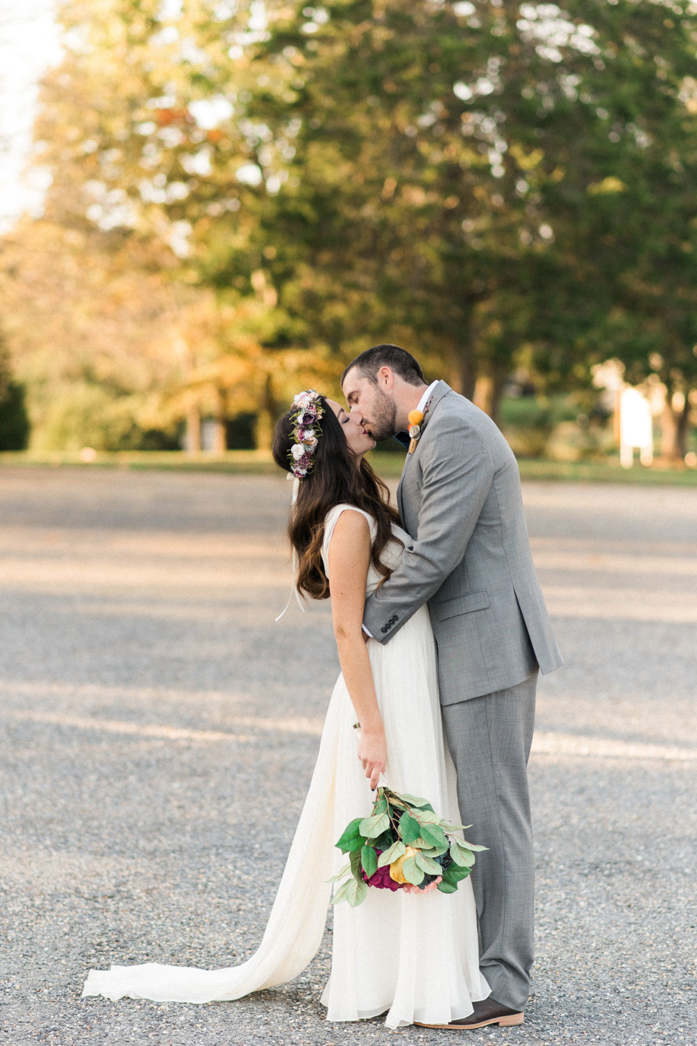 The_Trivium_Estate_Forest_VA_Wedding_Flower_Crown_boho_wedding_classic_wedding_Virginia_Wedding_photographer068.jpg
