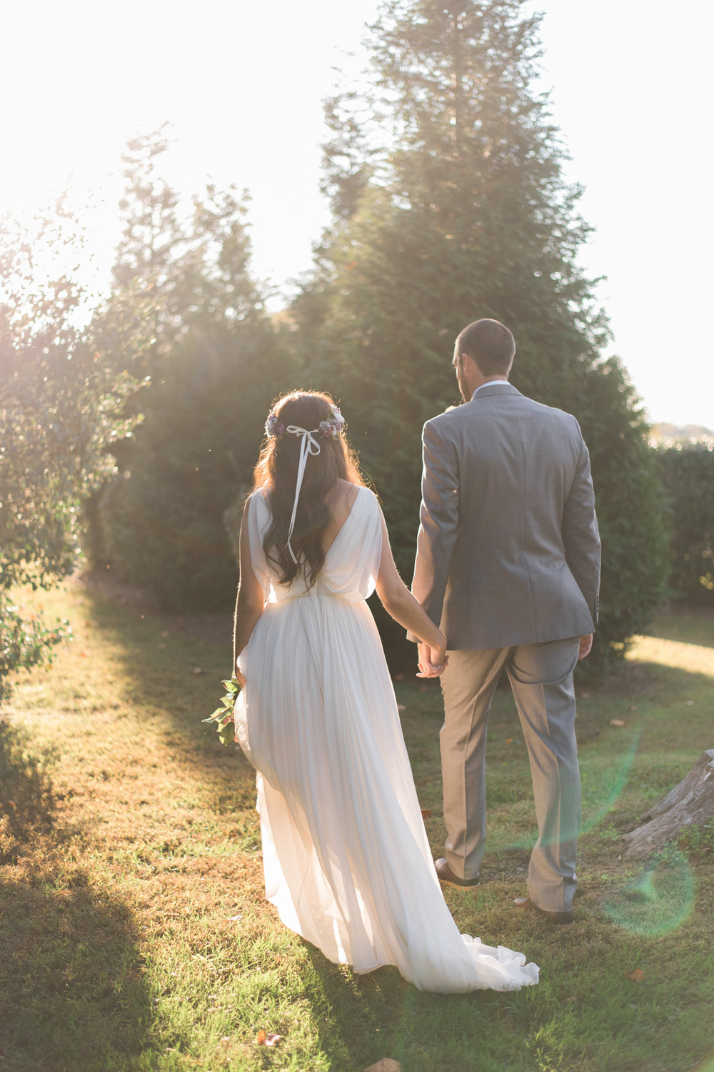 The_Trivium_Estate_Forest_VA_Wedding_Flower_Crown_boho_wedding_classic_wedding_Virginia_Wedding_photographer074.jpg