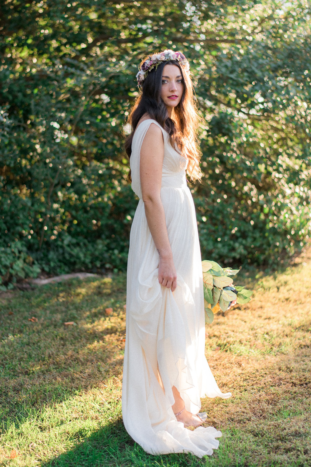 The_Trivium_Estate_Forest_VA_Wedding_Flower_Crown_boho_wedding_classic_wedding_Virginia_Wedding_photographer076.jpg