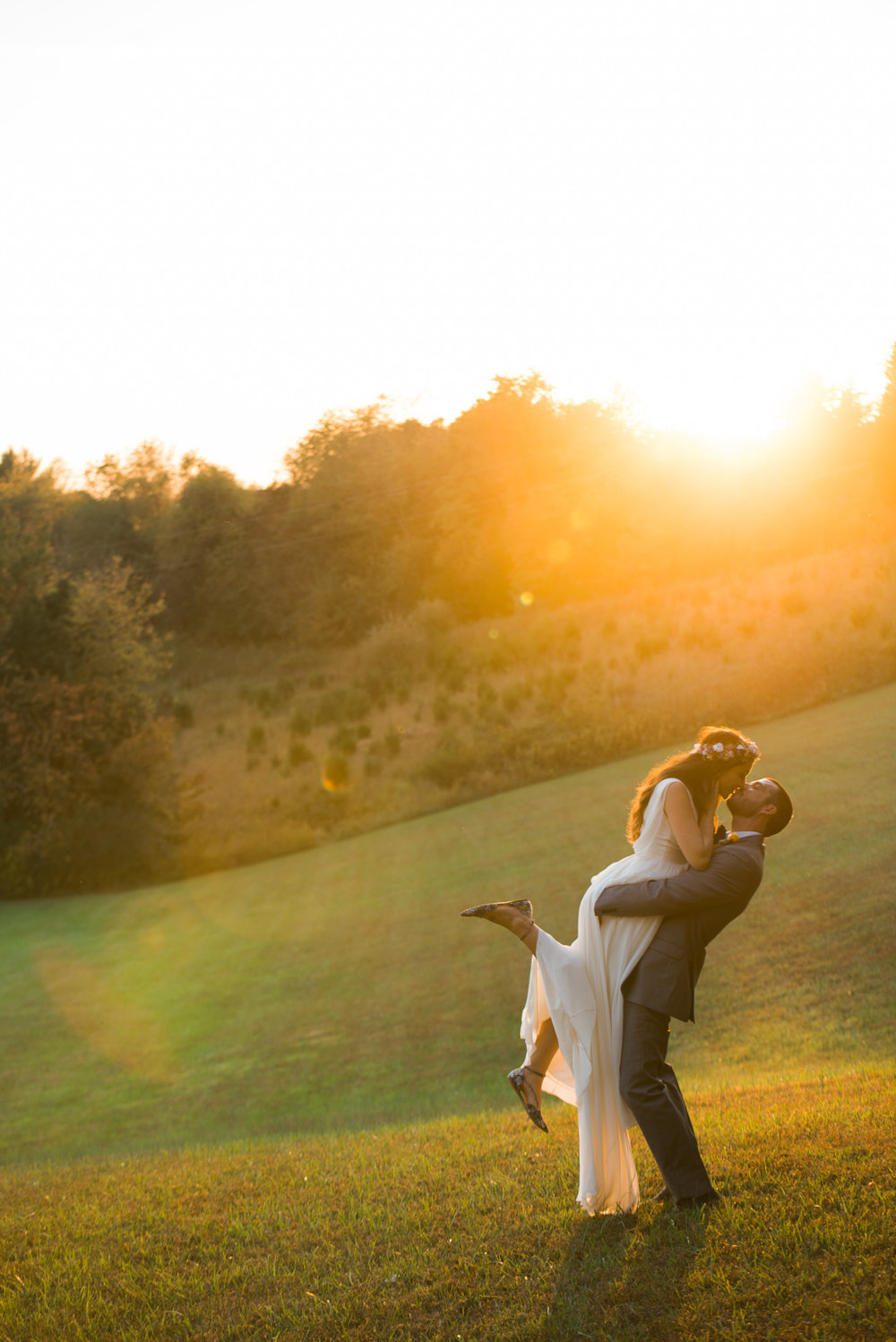 The_Trivium_Estate_Forest_VA_Wedding_Flower_Crown_boho_wedding_classic_wedding_Virginia_Wedding_photographer093.jpg