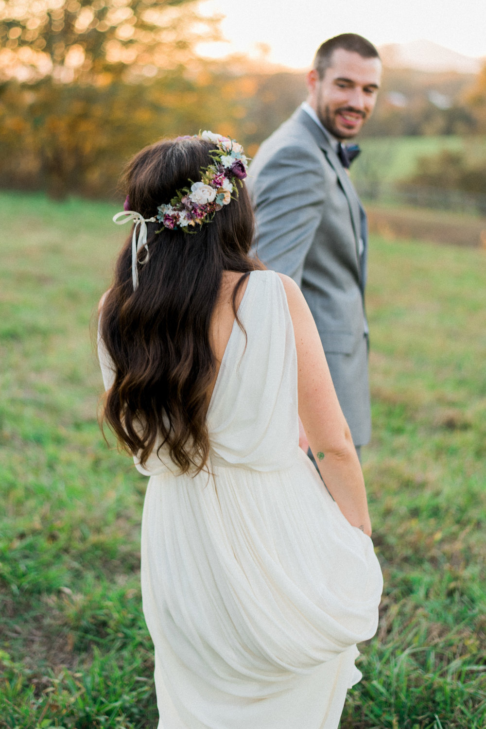The_Trivium_Estate_Forest_VA_Wedding_Flower_Crown_boho_wedding_classic_wedding_Virginia_Wedding_photographer095.jpg