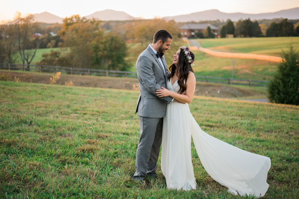 The_Trivium_Estate_Forest_VA_Wedding_Flower_Crown_boho_wedding_classic_wedding_Virginia_Wedding_photographer096.jpg
