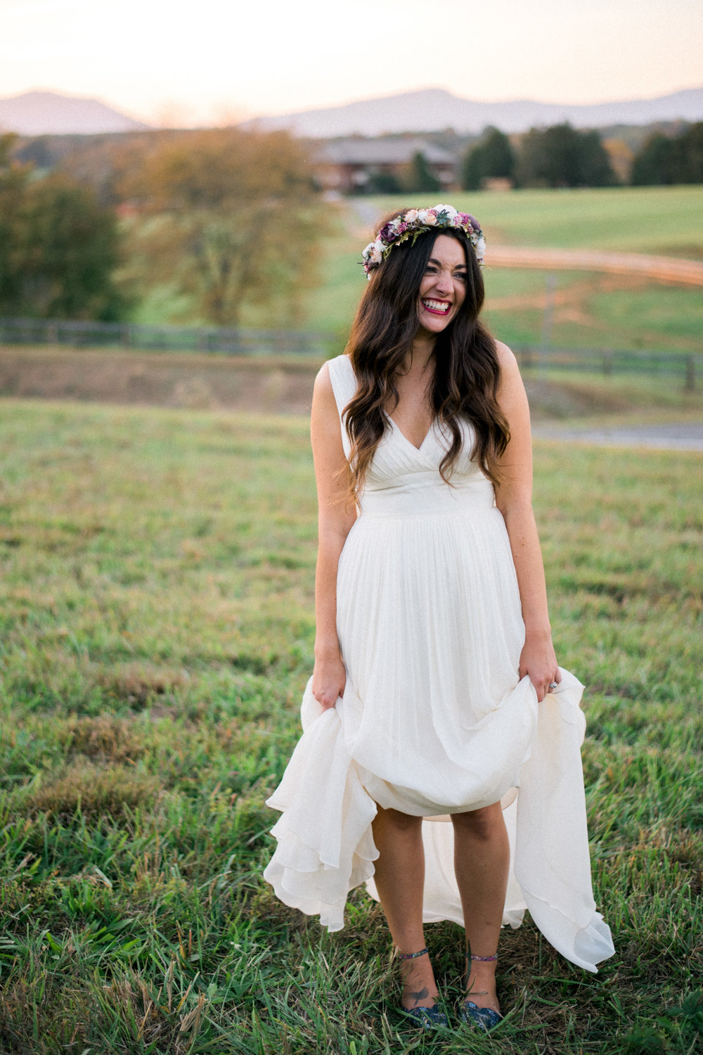 The_Trivium_Estate_Forest_VA_Wedding_Flower_Crown_boho_wedding_classic_wedding_Virginia_Wedding_photographer102.jpg