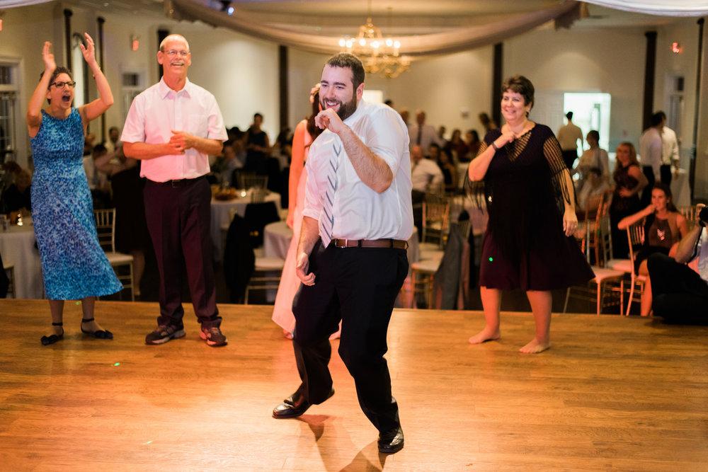 The_Trivium_Estate_Forest_VA_Wedding_Flower_Crown_boho_wedding_classic_wedding_Virginia_Wedding_photographer106.jpg