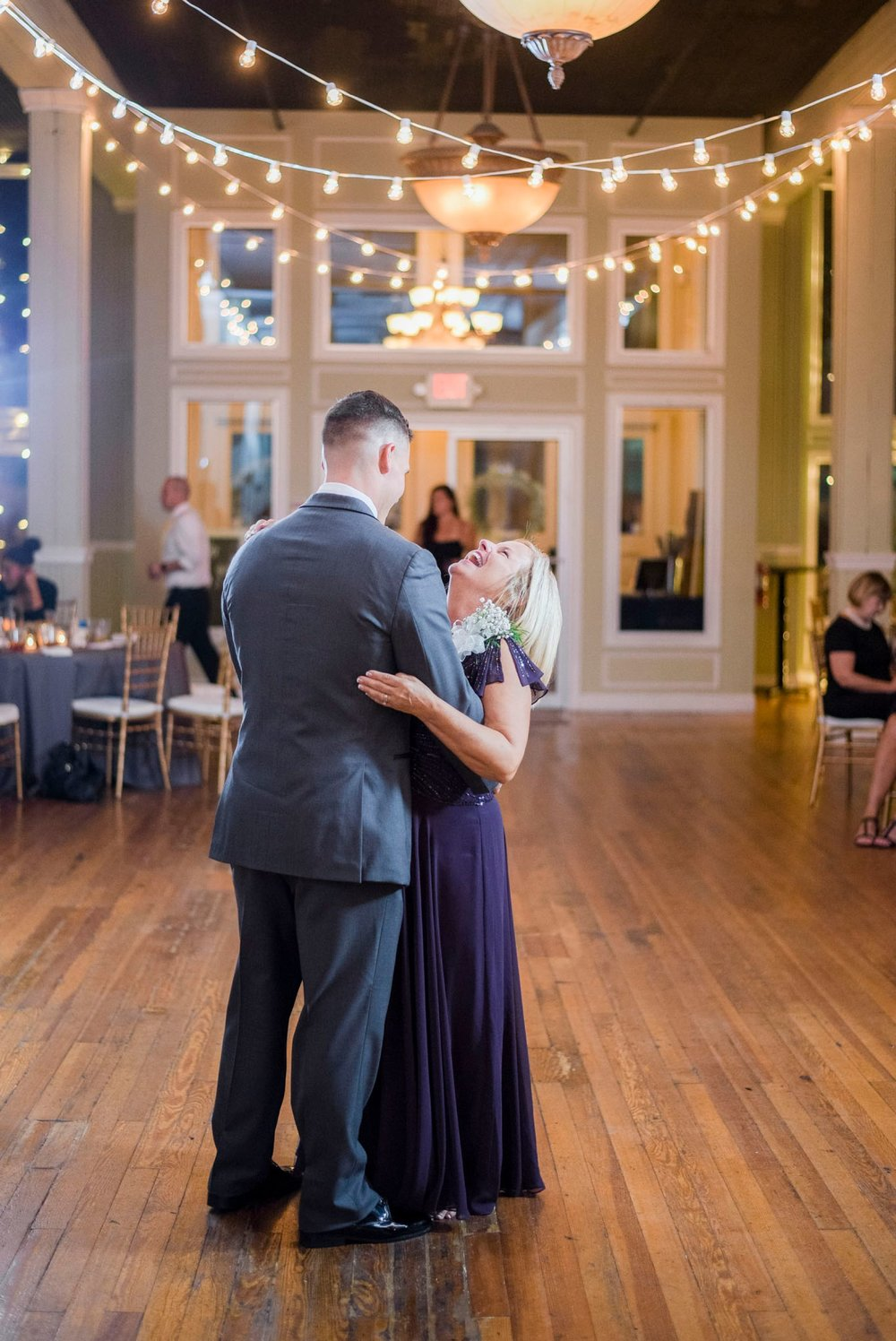 Trescaon8th_DowntownLynchburg_Virginiaweddingphotographer 95.jpg