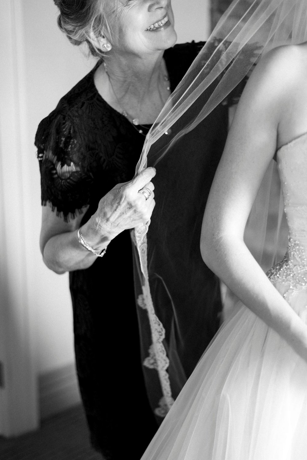 downtownlynchburg_virginiaweddingphotographer_Craddockterryhotel_churchwedding 18.jpg