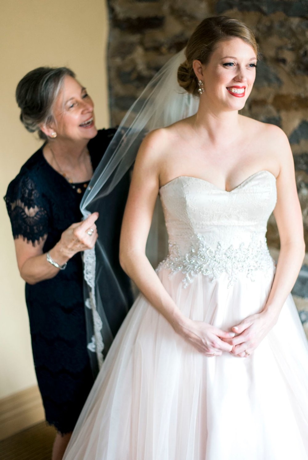 downtownlynchburg_virginiaweddingphotographer_Craddockterryhotel_churchwedding 19.jpg